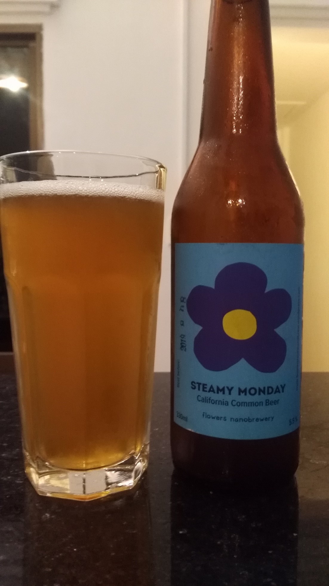 Steamy Monday - California Common Beer - Flowers Nanobrewery